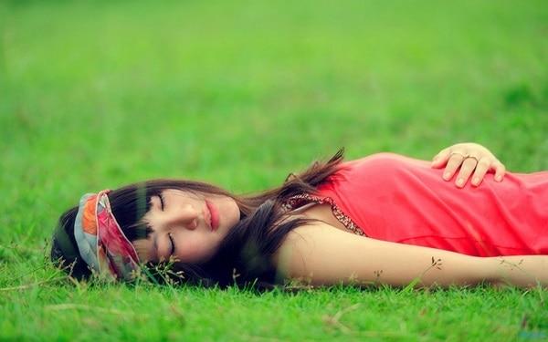 Álmatlanság, alvászavar – mi okozza és hogyan lehet kigyógyulni belőle?